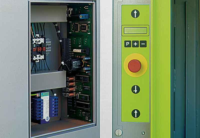 dixi-18s-ballenpresse-microprozessorsteuerung5b0810207b7b6